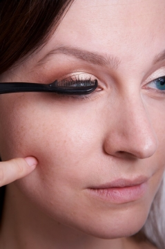 The Secret for Long and Rich Lashes Picture